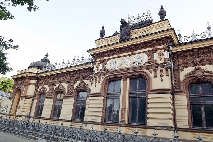 La villa urbana di Herţa e il mistero del treno scomparso